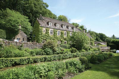 Bibury A Charming Cotswold Village Holiday Cottages Hotels And Self Catering Al Accommodation